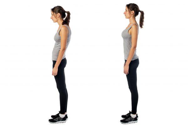 猫背の姿勢の状態と姿勢が良い状態の女性