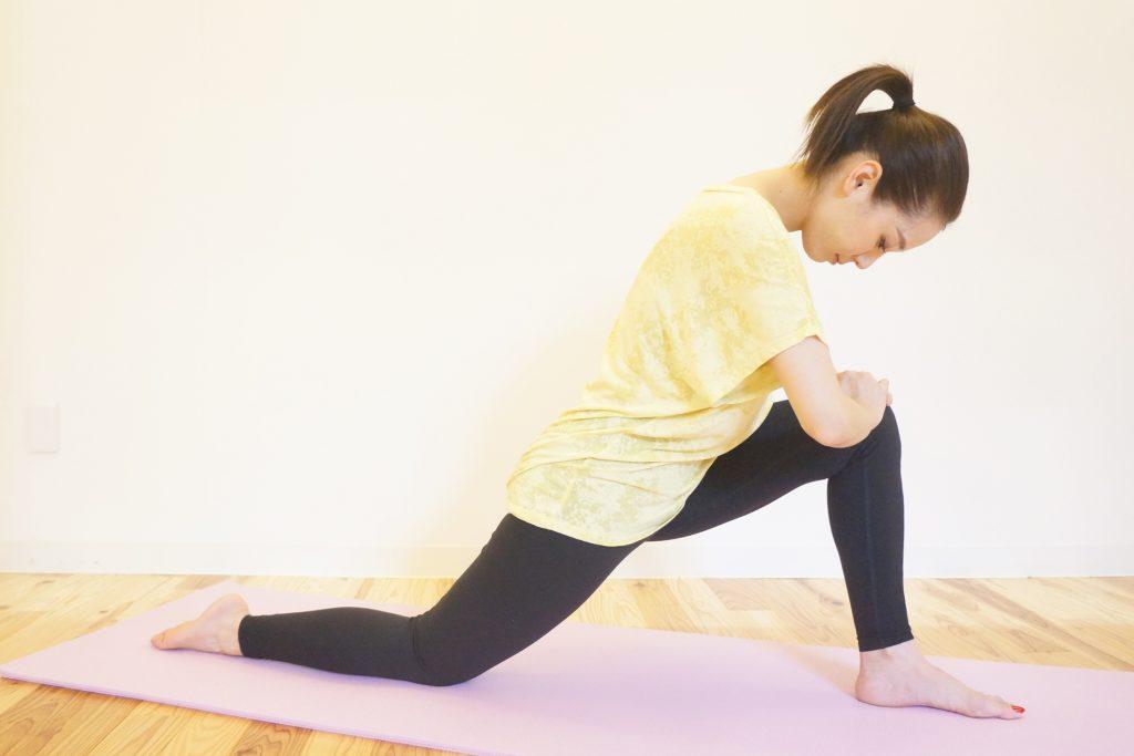 腸腰筋のストレッチのやり方